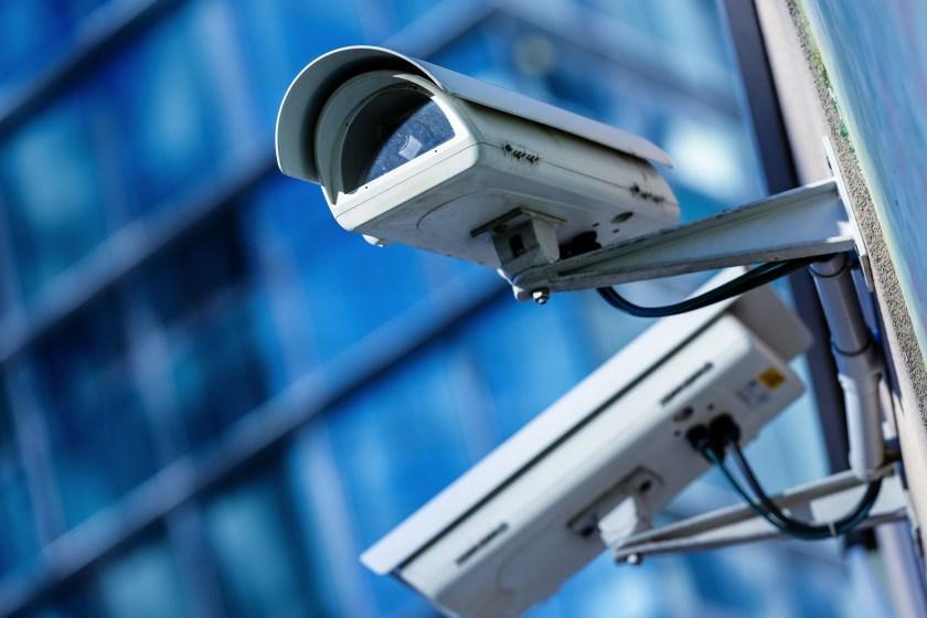 NtechLab представила систему для одновременной идентификации людей с сотен тысяч камер